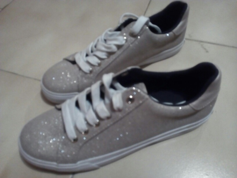 50d7231c8f5 Zapatos Tommy Hilfiger Originales Para Dama Talla 37 1 2 - Bs ...