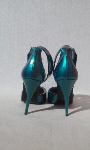 zapatos turquesa metalizado todo cuero nuevos #38 nuevos.