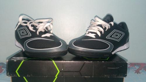 zapatos umbros micro tacos