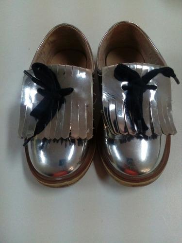 zapatos unisex color plateado. la segunda bazar