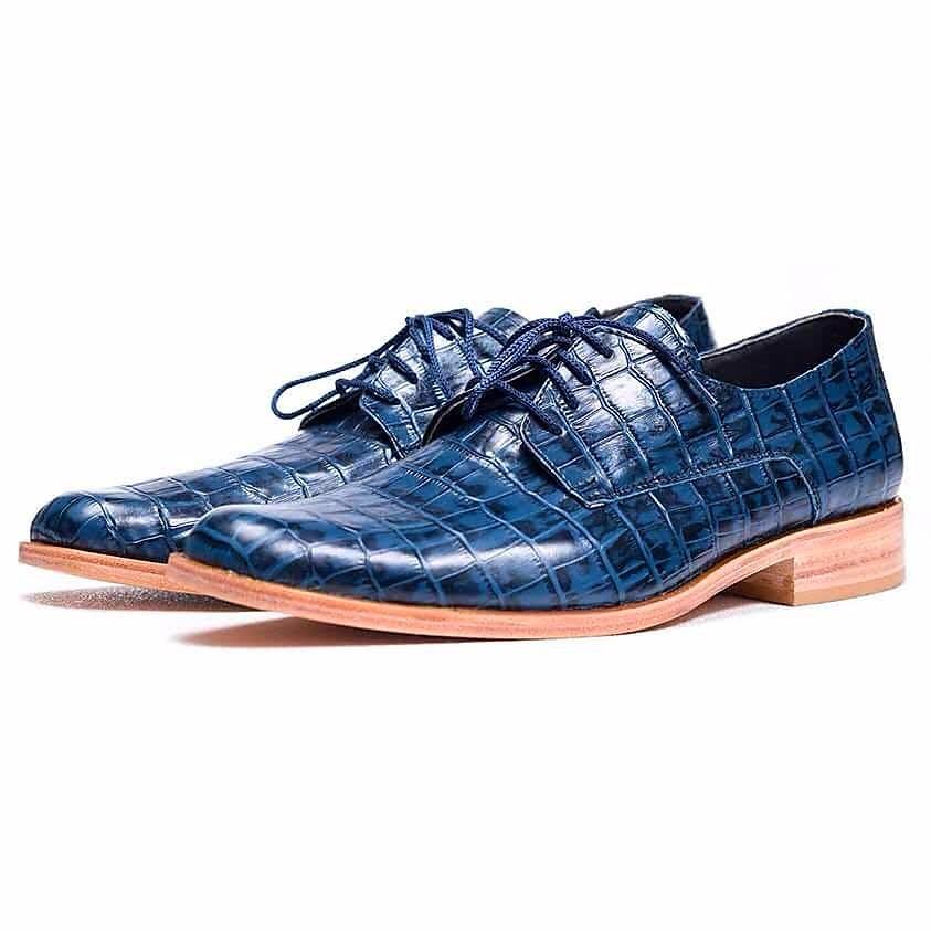 ade15ce1df7 zapatos vestir hombre cuero azul. envio gratis. Cargando zoom.