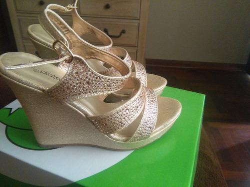 zapatos y vestido de fiesta