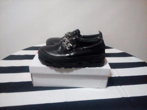 zapatos züca negros plataforma recta talla 35