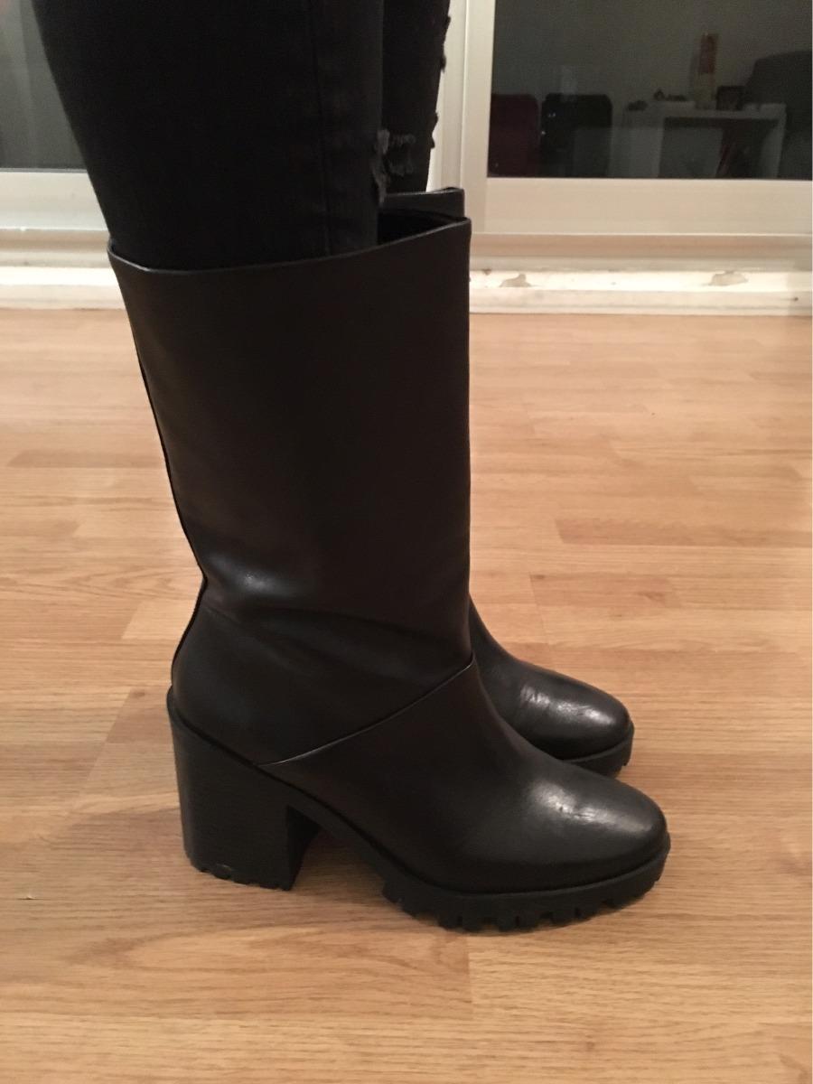68a5f213821 zara botas media caña mujer. Cargando zoom.