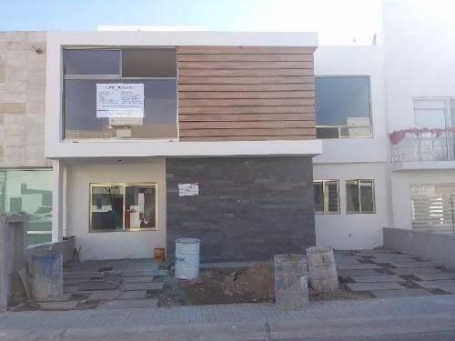 zen house, 3 recámaras, 3.5 baños roof garden, alberca, lujo