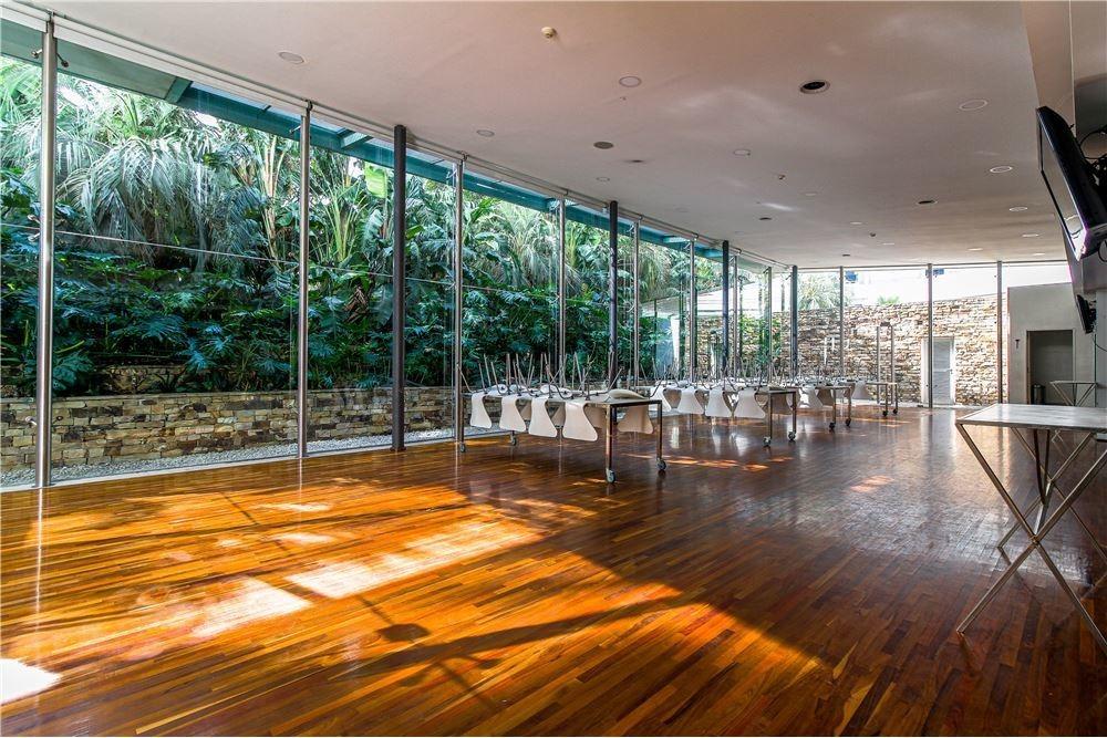 zencity 3 ambientes con espectacular vista al río.