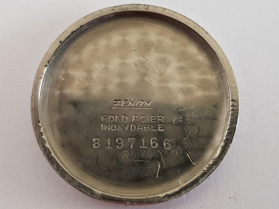 a586e7d73b3 zenith à corda cal. 106 antigo e raro para conserto. Carregando zoom.