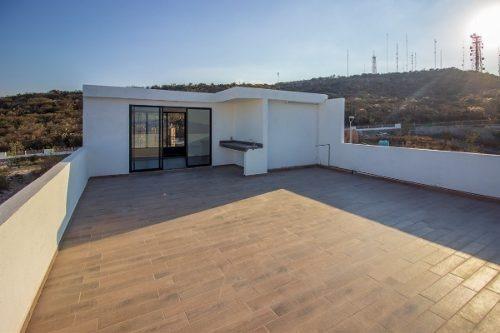 zibatá, amplia casa en venta