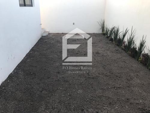 zibatá, con jardín y roof garden