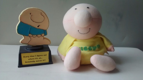ziggy peluche y figura en forma de trofeo