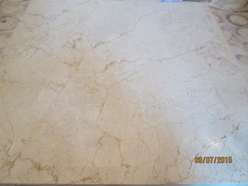 zoclo de marmol