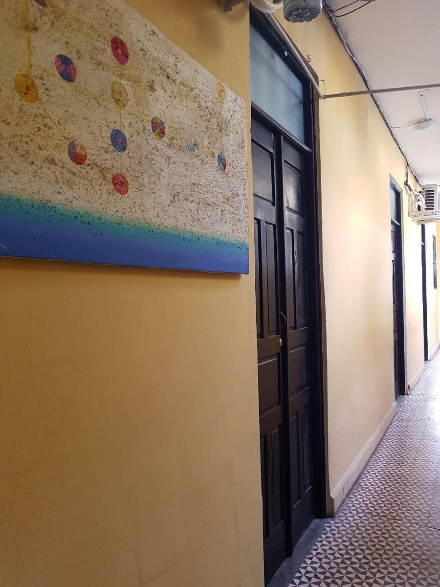 zona colonial edificio con varios apartamentos estudios