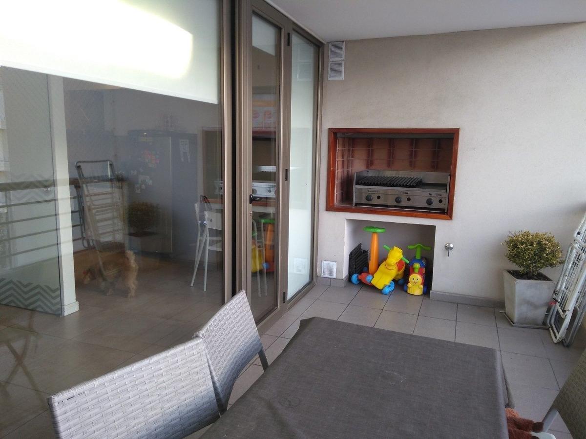 zona güemes. espectacular departamento con terraza propia.