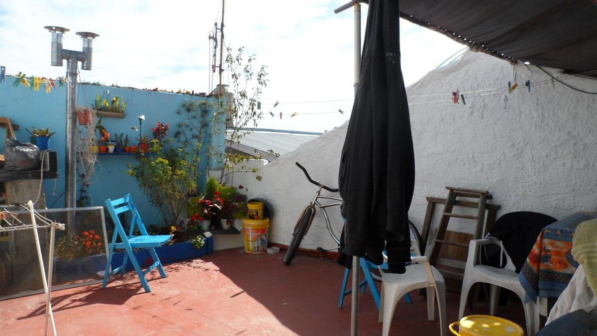 zonificación c1b  ph 3 amb patio 1er  escalera+ dept. 2 amb.