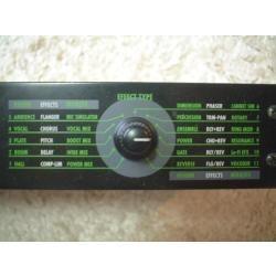 zoom rfx 1000 digital reverb and multi effects processor