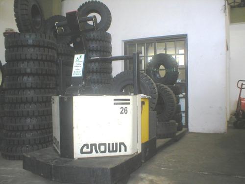 zorra crown  ( japon) 2700 kilos doble pallet