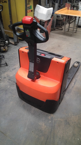 zorra electrica bt 1400 kg con batería y cargador