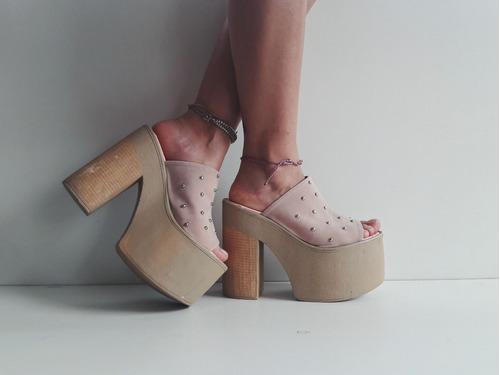 zuecos con tachas plataforma mujer moda 2018 lyska